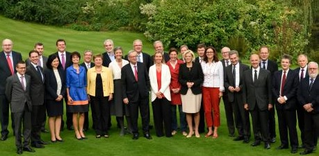 juncker_commissioners_group_executive_credit_european-commission