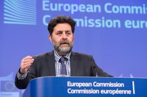 EUs sjefsforhandler Ignacio Garcia Bercero under en pressekonferanse i februar. Foto: Europakommisjonen