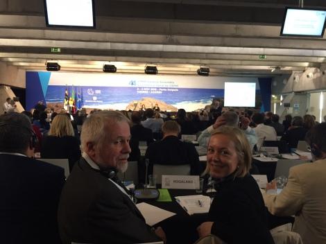 Fylkesvaraordfører Marianne Chesak og internasjonal koordinator i Rogaland fylkeskommune, Geir Sør-Reime, deltok på årsmøtet i CPMR på Azorene. Foto: Rogaland fylkeskommune.