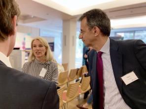 Ordfører i Stavanger, Christine Sagen Helgø og CEO i EIT InnoEnergy Diego Pavia.